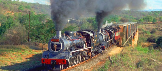 Steam train at the Kraai River