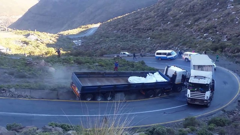 Moteng Pass accident