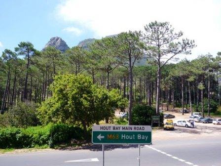 Rhodes Drive at Constantia nek