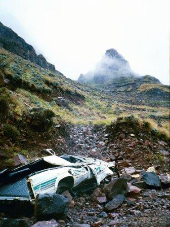 Sani pass wrecks