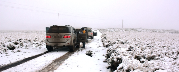 Snow driving in South africa - a rare treat.