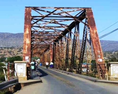 Steel bridge at Tugela Ferry