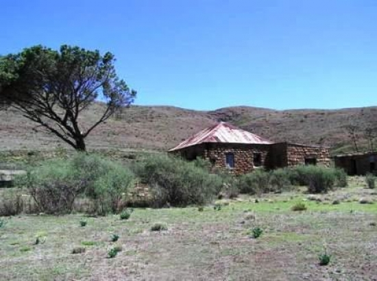 Farm house near Smuts Pass