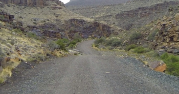 The southern start of the Oukloof Pass