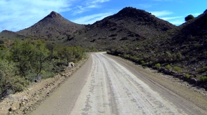 A beautiful Karoo mountain pass