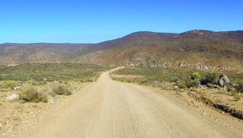 Systershoog Pass offers glorious Namaqualand scenery