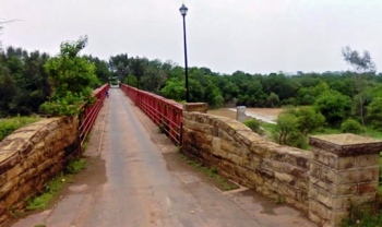 The historic Bulwer Bridge over the Tugela River