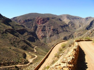 Swartberg Pass - The oldest unaltered pass in SA built by Thomas Bain