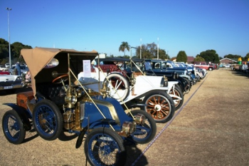 Vryheid's vintage car club in action