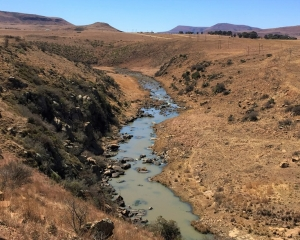 View of the Slangrivier from the pass below the Zaaihoek Dam wall