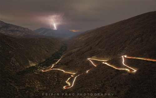 An amazing photograph taken of Elands Pass into Die Hel taken on the night of the 9th April when the Swartberg Pass was flooded and closed